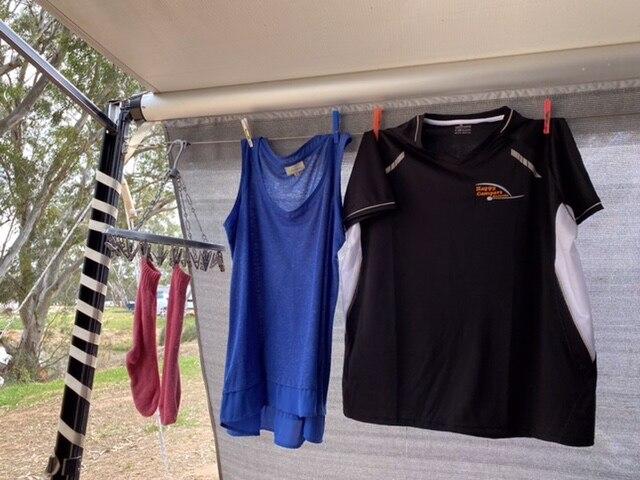 Caravan clothes line